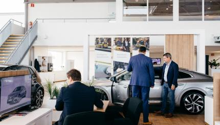 Showroom Volkswagen financiering verzekering